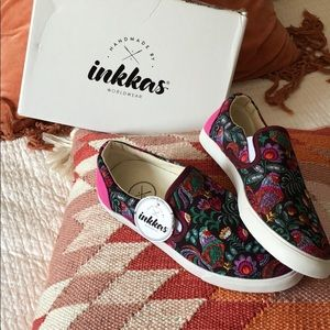 Inkkas slip on shoes